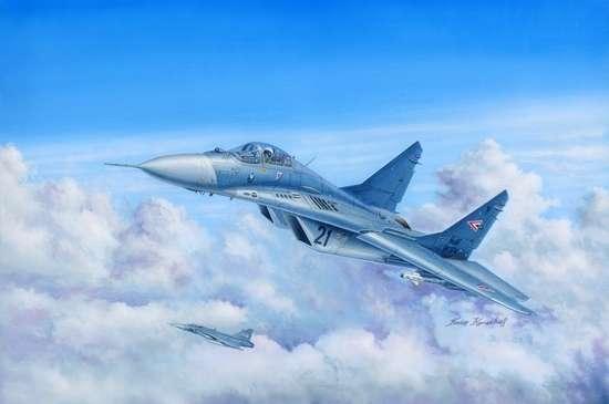 Rosyjski współczesny myśliwiec frontowy MiG-29A Fulcrum, plastikowy model do sklejania Trumpeter 03223 w skali 1:32