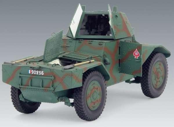 ICM 35373 Panhard 178 AMD-35 francuski samochód pancerny