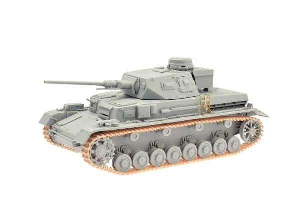 Dragon 6736 model w skali 1:35 - image b - Pz.Kpfw.IV Ausf.D w/5cm KwK L/60