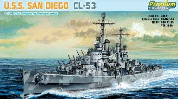 Amerykański lekki krążownik USS San Diego CL-53, plastikowy model do sklejania Dragon 7052 w skali 1:700