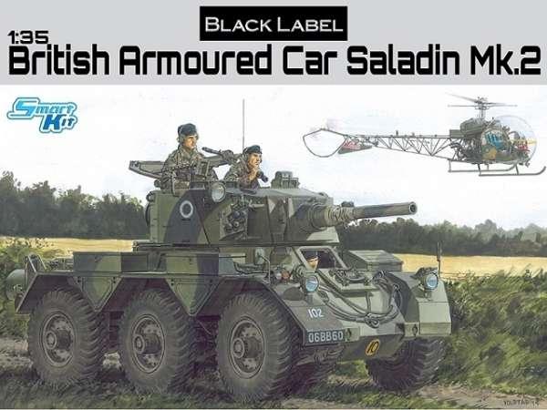 Brytyjski 6-kołowy samochód pancerny Saladin Mk.2, plastikowy model do sklejania Dragon Black Label 3554 w skali 1:35-image_Dragon_3554_1