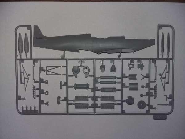 ICM 48060 w skali 1:48 - model Spitfire Mk.IXC Beer Delivery do sklejania - image h