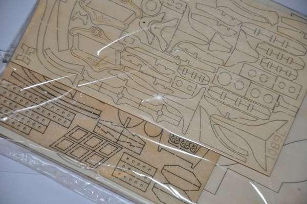 Billing_Boats_HMS_Bounty_BB492 - drewniany model żaglowca do sklejania, modeledo.pl_sklep_modelarski_image_6-image_Billing Boats_BB492_3