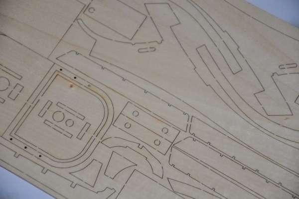 Billing_Boats_HMS_Bounty_BB492 - drewniany model żaglowca do sklejania, modeledo.pl_sklep_modelarski_image_10-image_Billing Boats_BB492_3