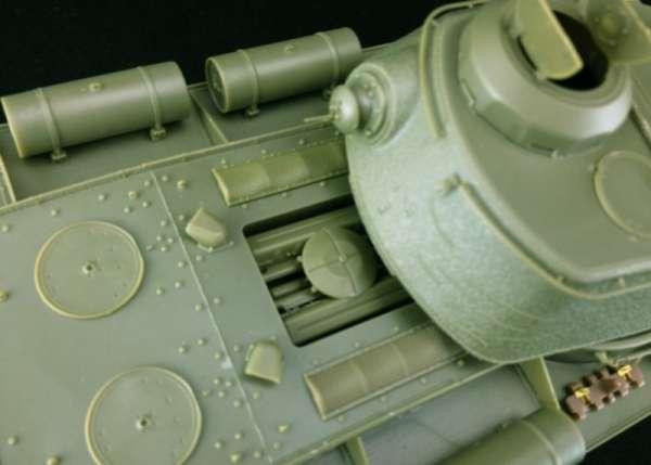 model_do_sklejania_bronco_cb35110_russian_heavy_tank_kv_85_sklep_modelarski_modeledo_image_6