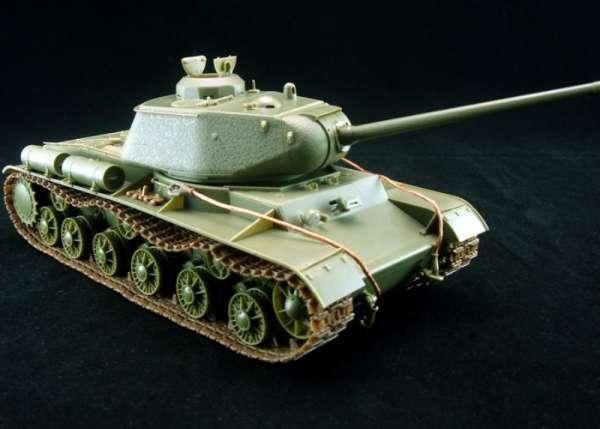 model_do_sklejania_bronco_cb35110_russian_heavy_tank_kv_85_sklep_modelarski_modeledo_image_2