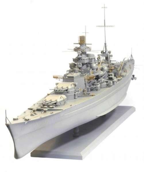 German Battleship Scharnhorst 1943 - Dragon 1040, foto s