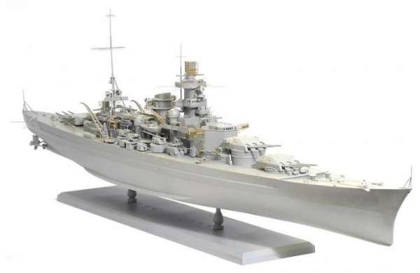 German Battleship Scharnhorst 1943 - Dragon 1040, foto o