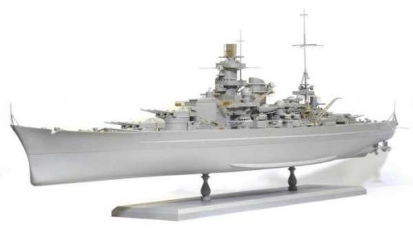 German Battleship Scharnhorst 1943 - Dragon 1040, foto f