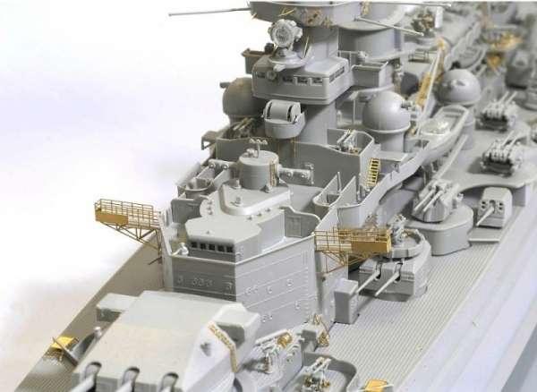 German Battleship Scharnhorst 1943 - Dragon 1040, foto m