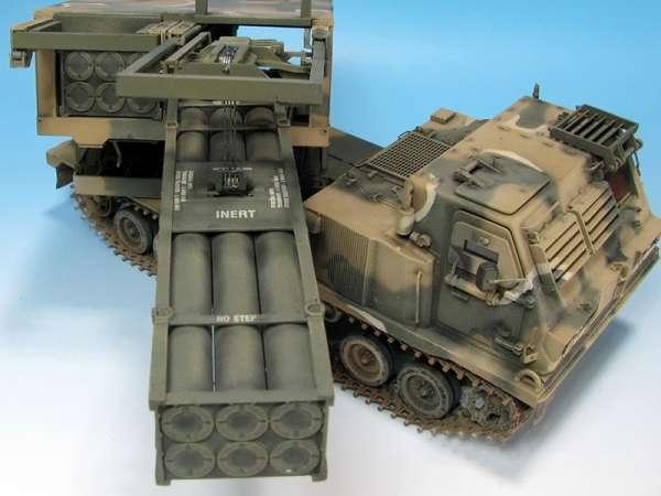 Dragon 3557 w skali 1/35 - image b - model M270A1 MLRS