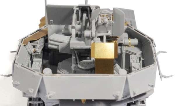 Dragon 6590 w skali 1:35 - image d - FlaK 38(t) Ausf.M (Late Production) - plastikowy model do sklejania