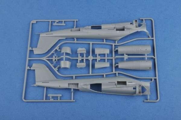 plastikowy_model_samolotu_grumman_a_6a_intruder_hobby_boss_81708_image_8