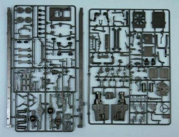 plastikowy-model-ciezarowki-holownika-do-sklejania-sklep-modelarski-modeledo-image_Italeri_3825_4