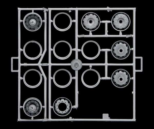 model-do-sklejania-daf-xf-105-space-america-sklep-modelarski-modeledo-image_Italeri_3933_12