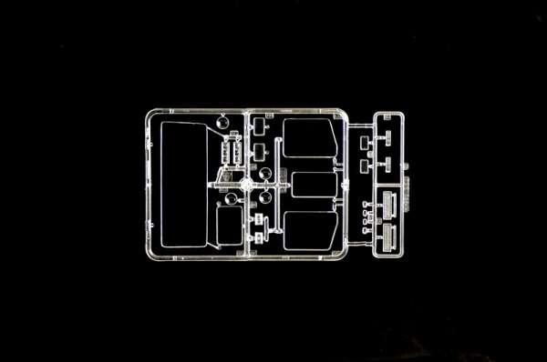 plastikowy-model-do-sklejania-ciezarowki-scania-t143h-sklep-modelarski-modeledo-image_Italeri_3937_13