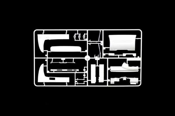 plastikowy-model-do-sklejania-ciezarowki-scania-t143h-sklep-modelarski-modeledo-image_Italeri_3937_9