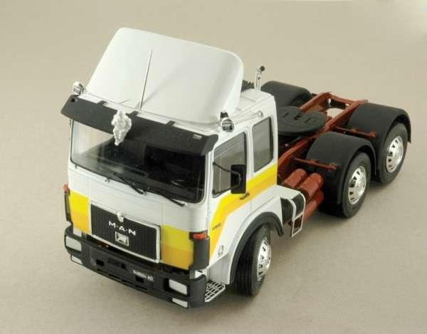 Italeri_0756_Truck_MAN_26.231_Formel_Six_hobby_shop_modeledo.pl_image_3-image_Italeri_0756_2