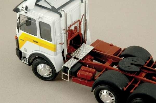 Italeri_0756_Truck_MAN_26.231_Formel_Six_hobby_shop_modeledo.pl_image_4-image_Italeri_0756_2