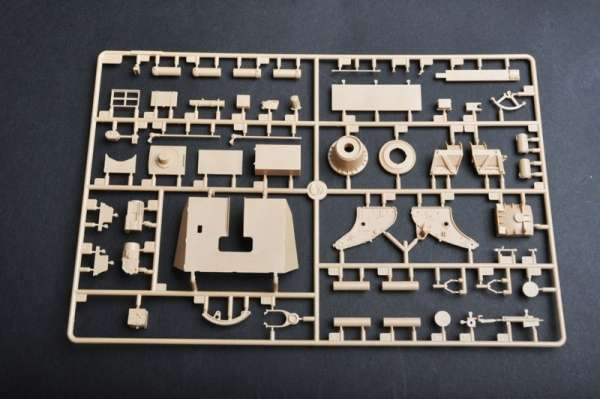 plastikowy-model-do-sklejania-samobieznego-dziala-88mm-flak-18-sklep-modeledo-image_Trumpeter_01585_13