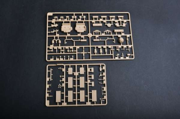 plastikowy-model-do-sklejania-samobieznego-dziala-88mm-flak-18-sklep-modeledo-image_Trumpeter_01585_18