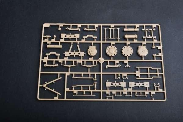plastikowy-model-do-sklejania-samobieznego-dziala-88mm-flak-18-sklep-modeledo-image_Trumpeter_01585_16