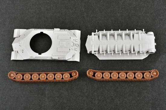 Soviet heavy tank IS7 in scale 1:72 model_trumpeter_tru07136_image_2