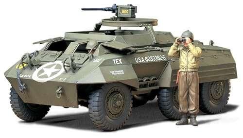 Plastikowy model do sklejania amerykańskiego pojazdu opancerzonego M20, model Tamiya 35234.