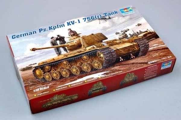plastikowy-model-do-sklejania-czolgu-pzkpfm-kv-1-sklep-modeledo-image_Trumpeter_00366_4