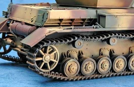 German 3.7cm Flak 43 Flakpanzer IV Ostwind model Trumpeter 01520 - model_tru01520_image_1-image_Trumpeter_01520_2