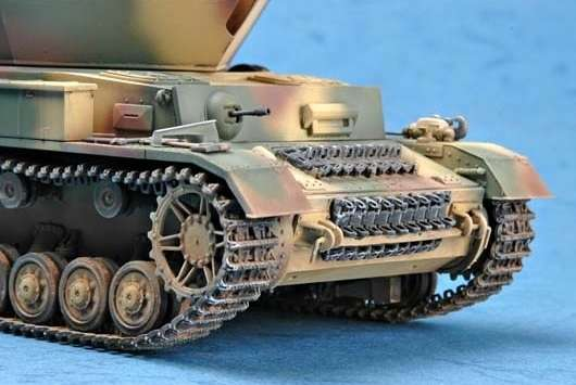 German 3.7cm Flak 43 Flakpanzer IV Ostwind model Trumpeter 01520 - model_tru01520_image_3-image_Trumpeter_01520_2