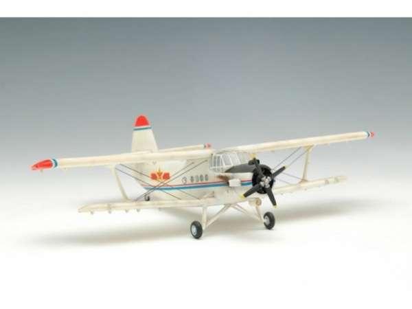 plastikowy-model-do-sklejania-samolotu-antonov-an-2-colt-sklep-modeledo-image_Trumpeter_01602_4