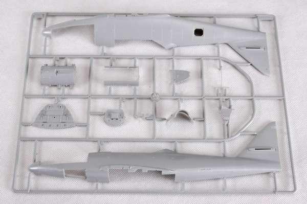 Myśliwiec Messerschmitt Me262 A-2a model_do_sklejania_trumpeter_02236_image_21-image_Trumpeter_02236_3