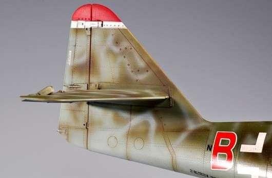 Myśliwiec Messerschmitt Me262 A-2a model_do_sklejania_trumpeter_02236_image_9-image_Trumpeter_02236_2