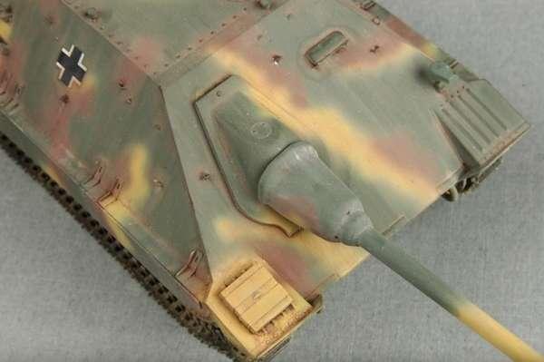 German Jagdpanzer 38(t) Starr - Hetzer model_trumpeter_tru05524_image_25