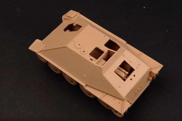 German Jagdpanzer 38(t) Starr - Hetzer model_trumpeter_tru05524_image_11