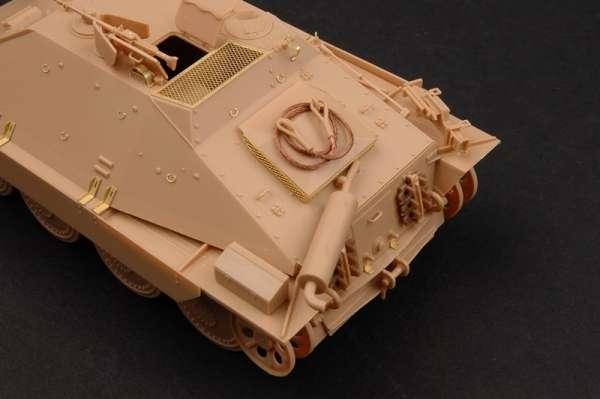 German Jagdpanzer 38(t) Starr - Hetzer model_trumpeter_tru05524_image_16