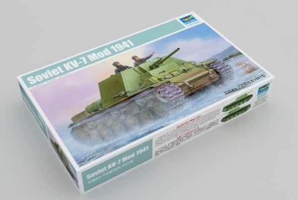 Soviet tank KV-7 Mod 1941 model_do_sklejania_trumpeter_09503_skala_1_35_image_1