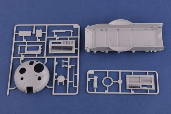 model_plastikowy_do_sklejania_hobby_boss_85513_ukraine_kraz_6446_tractor_with_maz_sklep_modelarski_modeledo_image_12