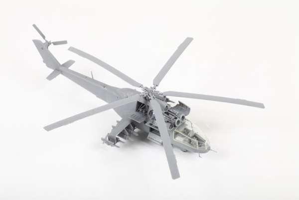 Helikopter do sklejania MIL MI-24A Hind model_zvezda_7273_scale_1_72_image_3-image_Zvezda_7273_3
