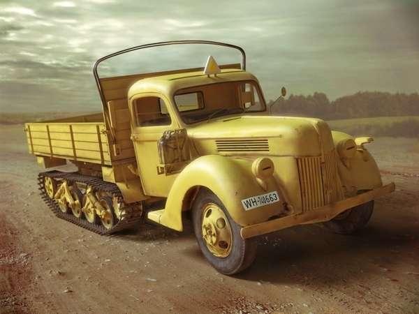 Ciężarówka półgąśienicowa z okresu WWII Maultier V3000S/SS, plastikowy model do sklejania ICM 35412 w skali 1:35