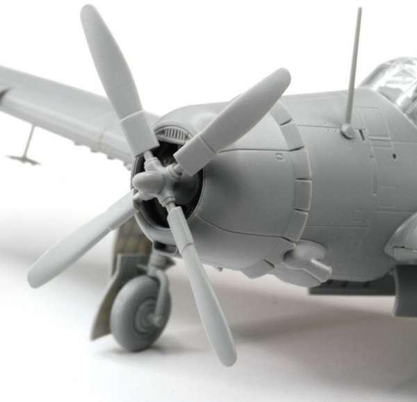 Wing Tech - SB2C-3 Helldiver - Dragon 5059