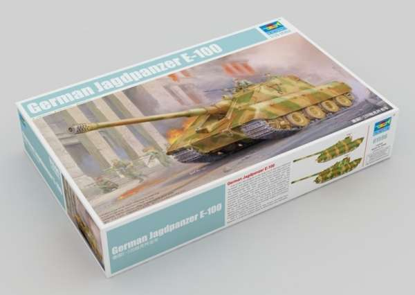 Model tank destroyer Jagdpanzer E100