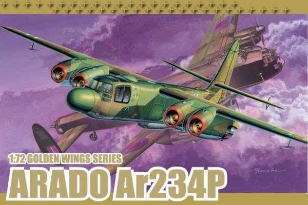 Niemiecki samolot bombowo-rozpoznawczy o napędzie odrzutowym Arado Ar 234P, plastikowy model do sklejania Dragon 5026 w skali 1:72
