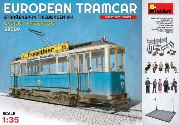 Europejski tramwaj wraz z załogą i pasażerami, plastikowy model do sklejania MiniArt 38009 w skali 1:35