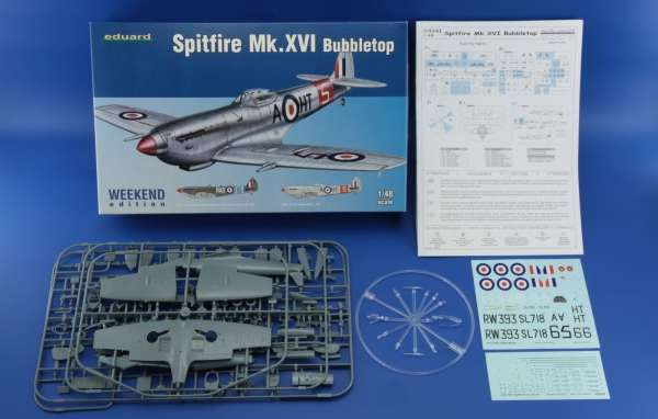 Zawartość pudełka modelu myśliwca Spitfire Mk.XVI Bubbletop - Eduard 84141